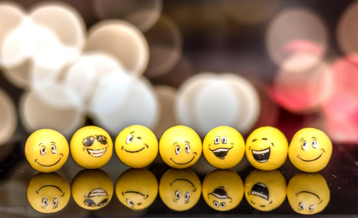 Emojis in geschäftlichen Texten – bringt das was oder sollten wir das lieber lassen?